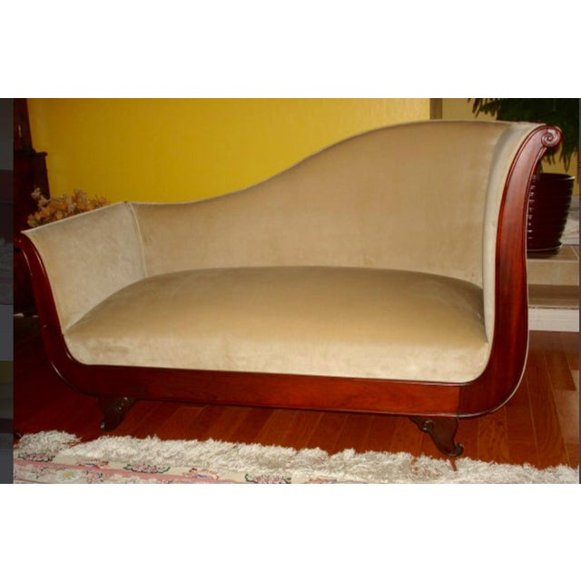 Late 18th Century French Empire Velvet Upholstered Mahogany Chaise Lounge / Daybed For Sale - Image 5 of 5
