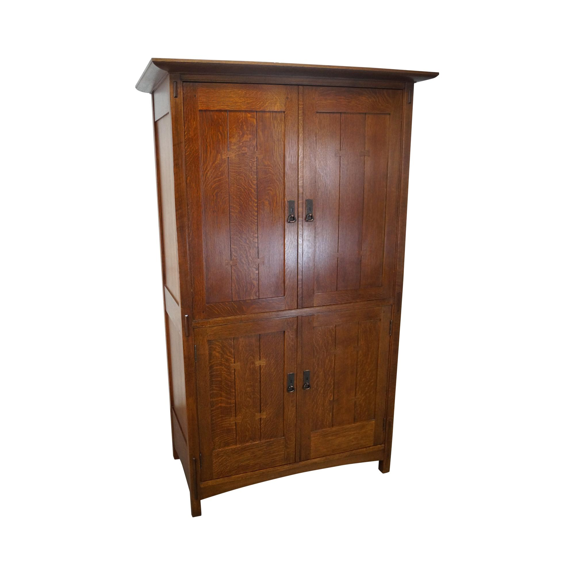 Bon Stickley Mission Oak TV Armoire Chifferobe Cabinet