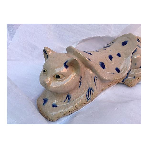 Chinese Blue & White Spotted Cat Opium Pillow - Image 3 of 6