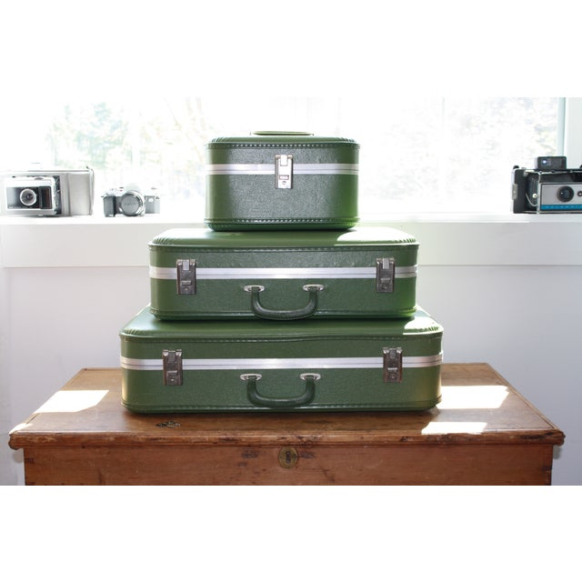 Vintage 3-Piece Nesting Suitcases - Image 2 of 11