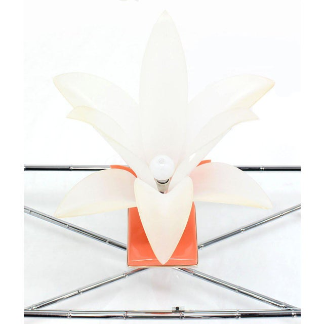 Molded Acrylic Lotus Flower Table Lamp For Sale - Image 4 of 9