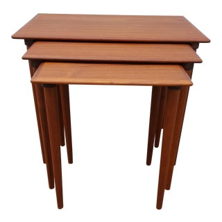 1960s Danish Modern Hovmand Olsen Teak Nesting Tables - Set of 3 For Sale
