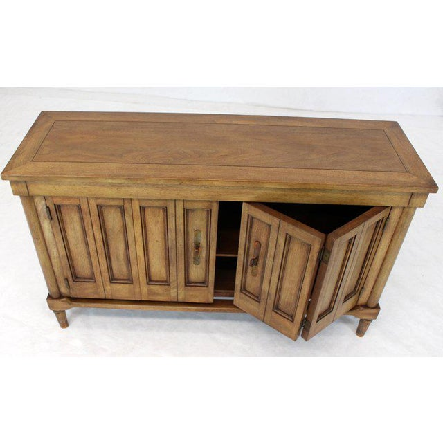 Mid-Century Modern Petit Fruitwood Credenza With Double Accordion Doors For Sale - Image 4 of 11
