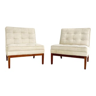 Florence Knoll Lounge Chairs in Brazilian Cowhide, Pair For Sale