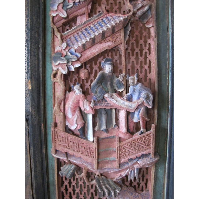 Chinese Qing Dynasty Polychrome Carved Wood 6 Panel Figural 6 Panel Screen For Sale - Image 4 of 9