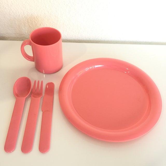 Memphis 1980s Vintage Modern Pastel Melamine Dinnnerware - 20 Pieces For Sale - Image 3 of 7