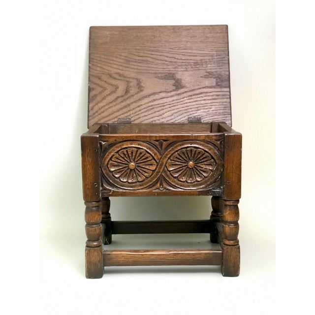 19th Century Traditional Oak Joint Stool/ Bible Box For Sale In Houston - Image 6 of 8