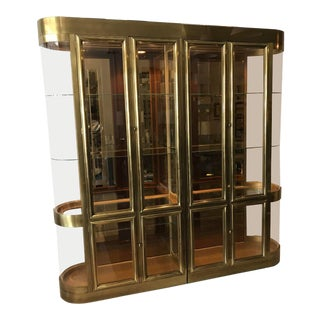 Mastercraft Brass Vitrines Curio Display Cabinets - A Pair For Sale
