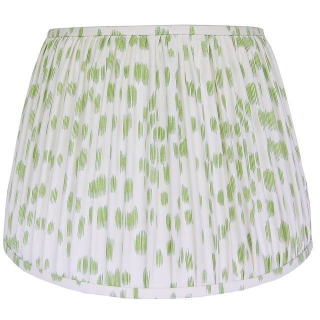 English Green Print Pleated Lamp Shade For Sale - Image 3 of 4