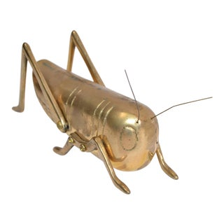Italian Mid-Century Modern Brass Grasshopper Sculpture, Animal Sculpture 1970 For Sale