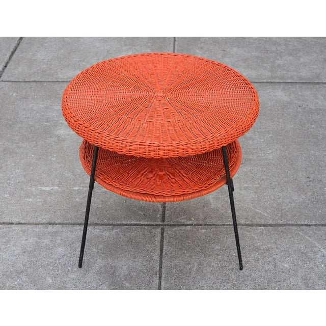 Metal 1950s Mid-Century Modern Carl Aubock Style Red Rattan & Wrought Iron 2-Tier Side Table For Sale - Image 7 of 8