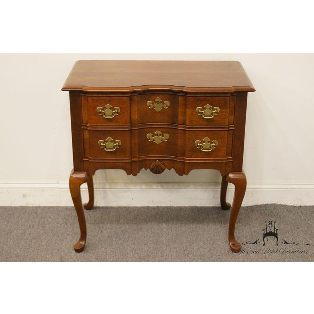Chippendale 20th Century Traditional Wells Furniture Cherry Blockfront Lowboy Chest For Sale - Image 3 of 13
