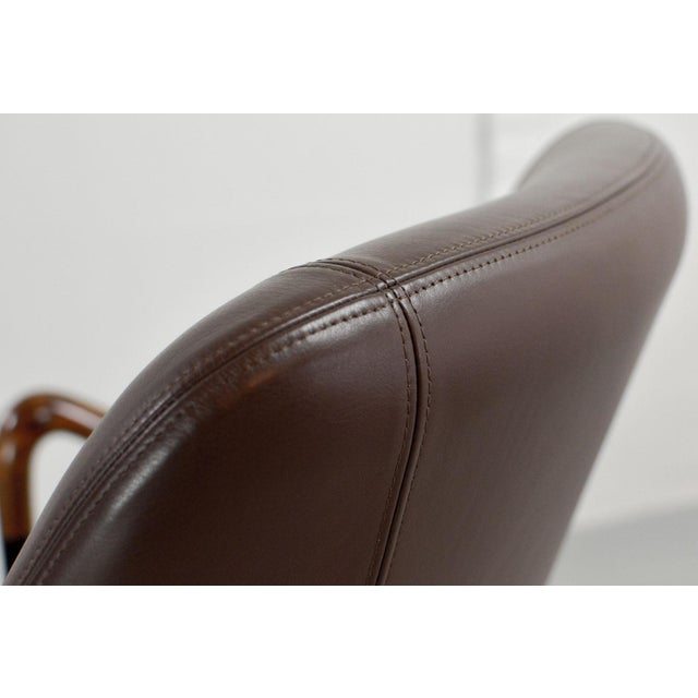 Mid-Century Modern Italian Design Seal Brown Leather Lounge Chair 'Progetti' by Giorgetti, 1980s For Sale - Image 11 of 13