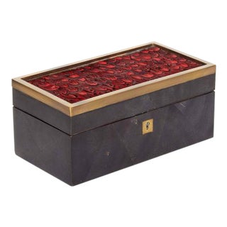 Decorative Pen Shell Box with Exotic Red Feathers For Sale