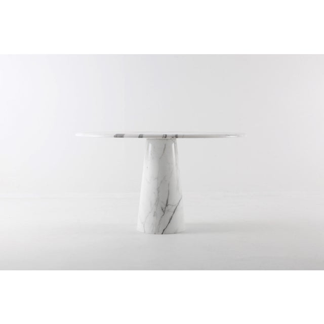 1970s Midcentury Round Italian Carrara Marble Dining Table For Sale - Image 5 of 13