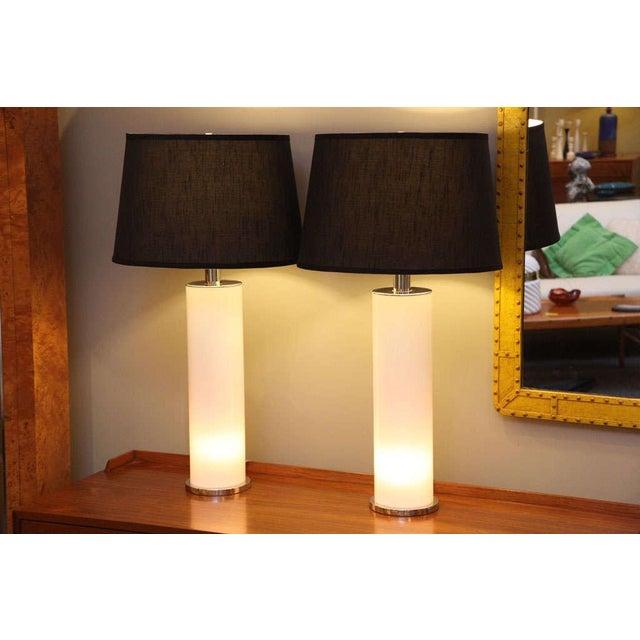 Sleek Italian Nickel & Acrylic Column Table Lamps - Image 3 of 7