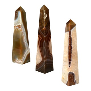 Set of Three Agate and Amethyst Mineral Obelisks For Sale