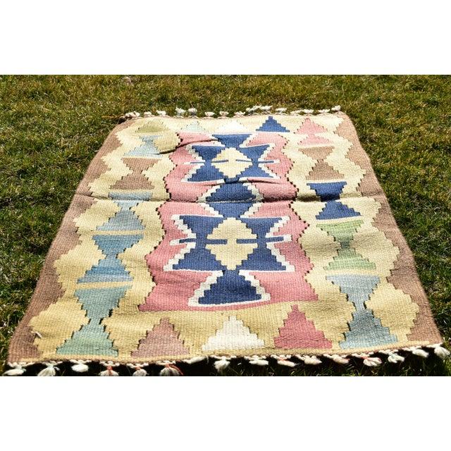 Nomadic Tribal Design Anatolian Oushak Traditional Wool Handmade Turkish Kilim Rug For Sale - Image 9 of 10