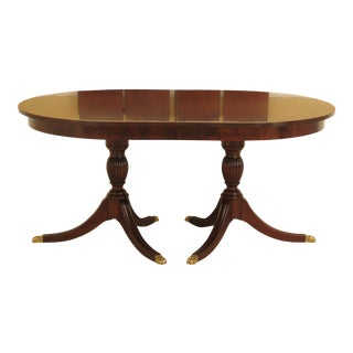 1980s Traditional Henkel Harris Banded Mahogany Dining Room Table For Sale