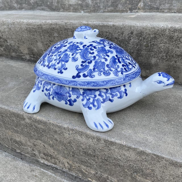 Large Chinese Blue and White Turtle Tureen For Sale - Image 11 of 11