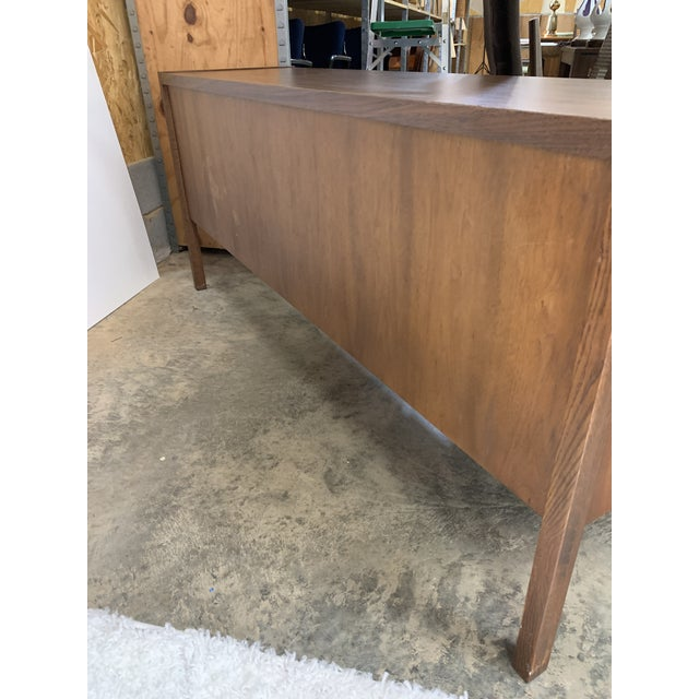 Metal 1950s Kimball Mid-Century Modern Walnut and Chrome Credenza For Sale - Image 7 of 9