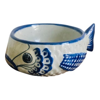 Vintage Hand Painted Mexican Tonala Puffer Fish Ceramic Bowl For Sale
