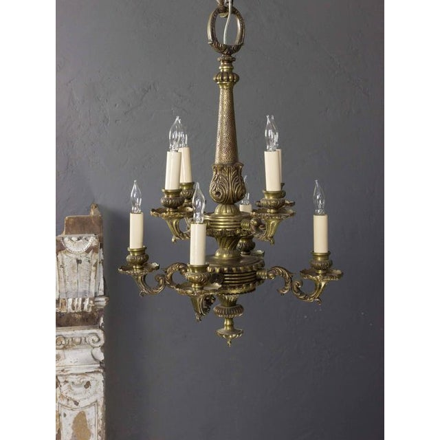 Small French 1940s Bronze Chandelier With Eight Lights - Image 5 of 9
