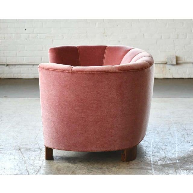 Danish 1940s Boesen Style Banana Form Curved Sofa or Loveseat in Pink Velvet For Sale - Image 10 of 11