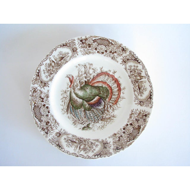 English Traditional Mid 20th Century Johnson Brothers Wild Turkeys Native American Dinner Plates - Set of 6 For Sale - Image 3 of 11