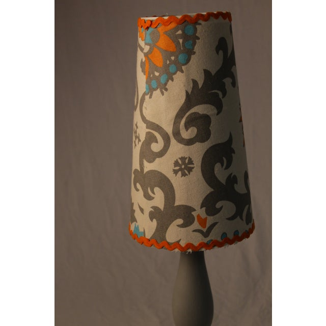 Grey Lamp With Decorative Shade - Image 3 of 4