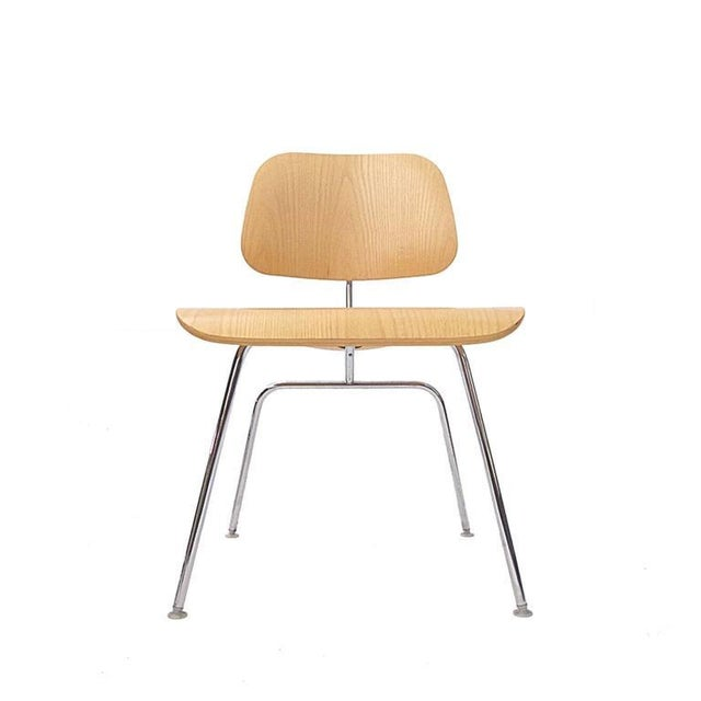 Mid-Century Modern Charles Eames DCM Bent Plywood & Steel Chair for Herman Miller in White Ash For Sale - Image 3 of 6