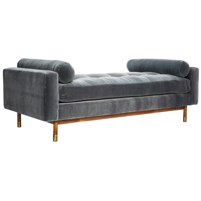 Jaxon Home Fontaine Tufted Day Bed For Sale