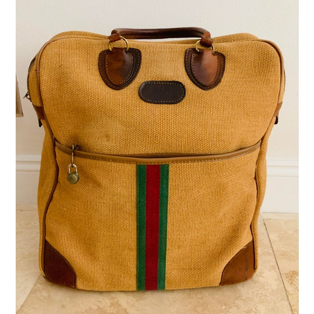 Gucci Vintage Italian Style Travel Set of 3 Luggage Jute and Leather, the 3 Pieces For Sale - Image 4 of 13