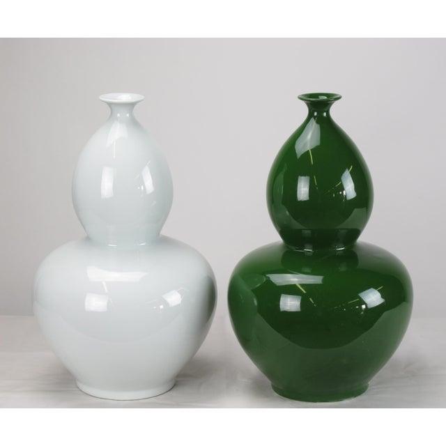 Asian Asian Modern White Bottle Gourd Porcelain Vase For Sale - Image 3 of 4