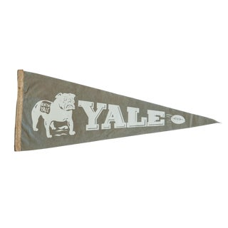 Vintage Yale Felt Flag Pennant For Sale