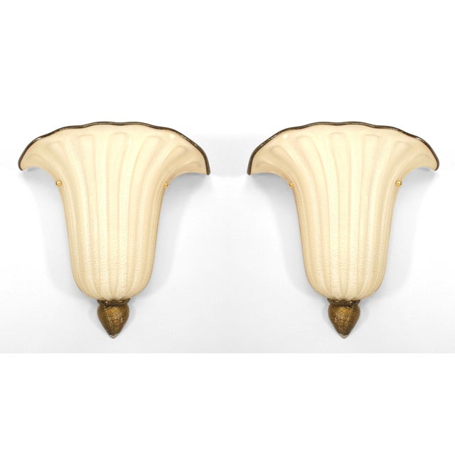 """Mid 20th Century Italian 1940s Style Murano """"Gabbiani"""" Gold Dusted Glass Wall Sconces - a Pair For Sale - Image 5 of 5"""