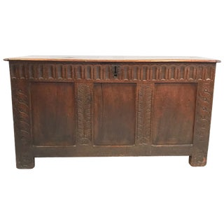Handsome Early 18th Century British Coffer Blanket Chest For Sale