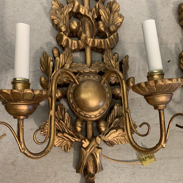 1950s Italian Gilt Wood Carved Lighted Sconces -A Pair For Sale - Image 5 of 13