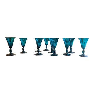 18th Century Emerald Wine Glasses - Set of 10 For Sale