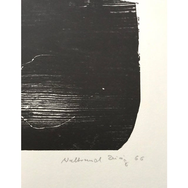 1966 - Waltraud Zeisig - Signed Linocut 'Dame'Mit Vogel' For Sale - Image 9 of 10