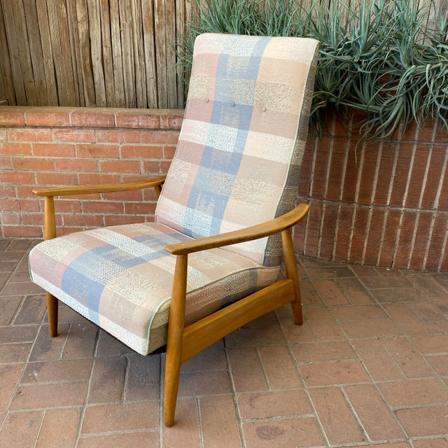 Mid-Century Modern Milo Baughman for James Inc Recliner Lounge Chair For Sale In Phoenix - Image 6 of 12