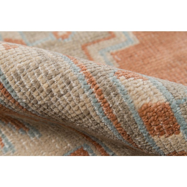 """Erin Gates Concord Walden Rust Hand Knotted Wool Area Rug 5'6"""" X 8'6"""" For Sale - Image 4 of 8"""