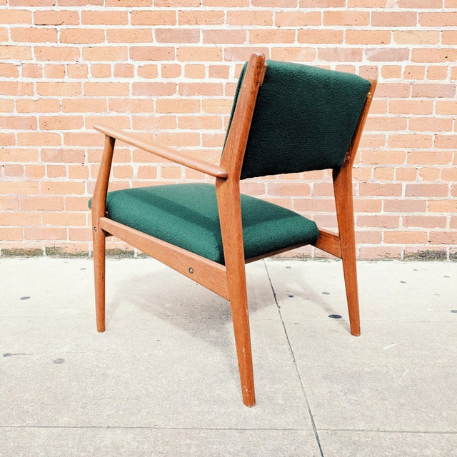 Green Vintage Mid Century Danish Modern Teak Lounge Chair For Sale - Image 8 of 11