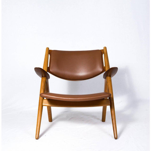 Mid-Century Modern Hans Wegner CH-28 Lounge Chair For Sale - Image 3 of 10