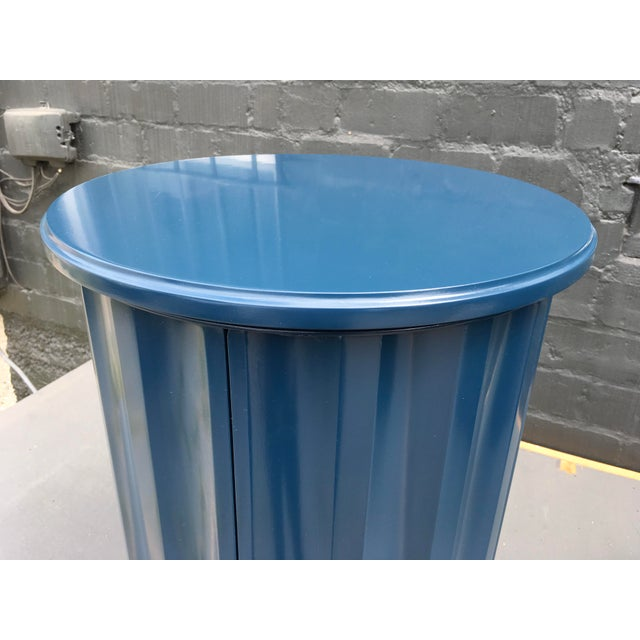 Royal Blue 1950s Art Deco Dark Blue Lacquered Column Shaped Drum Tables - a Pair For Sale - Image 8 of 12