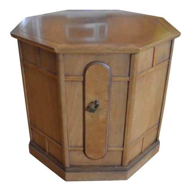 Drexel Heritage Meridian Octagon Side Table For Sale