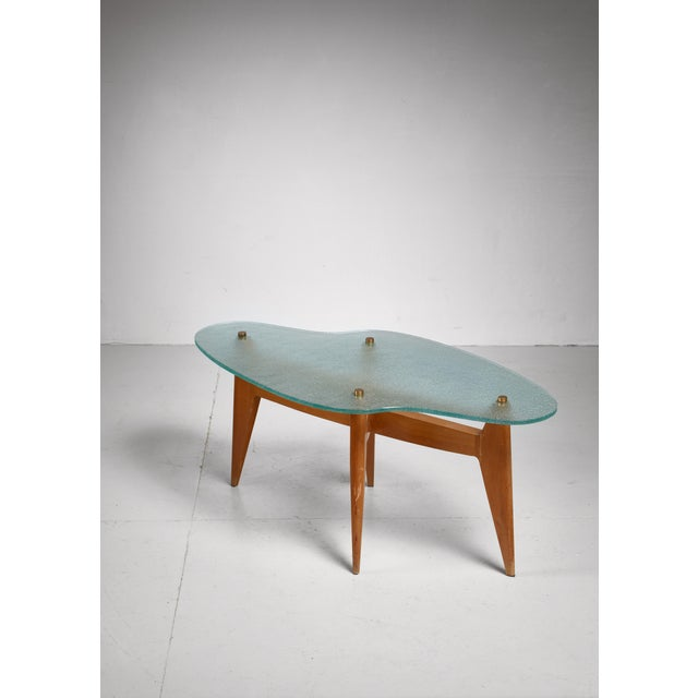 Mid-Century Modern French coffee table with free form glass top, 1950s For Sale - Image 3 of 5