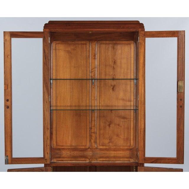 French Art Deco Walnut Vitrine/Display Cabinet - Image 7 of 11