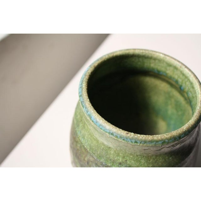 Small Green Ceramic Pot - Image 5 of 6