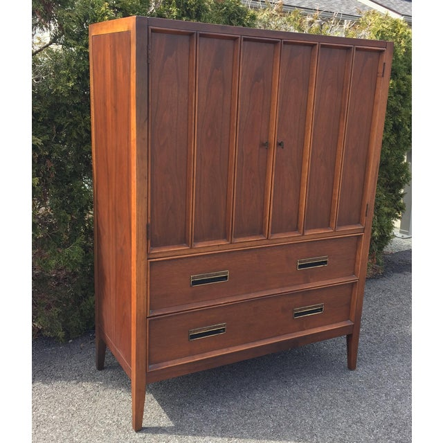 Handsome Drexel Paragon Chest For Sale - Image 12 of 12